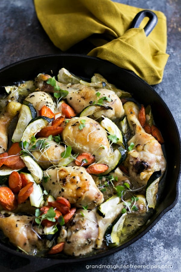Easy Chicken Legs Recipe with Zucchini and Carrots