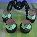 Easy Frankenstein Cupcakes #HalloweenTreatsWeek